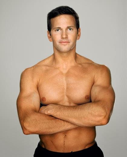 Shirtless Illinois congressman Aaron Schock from a Men's Health Magazine photo shoot