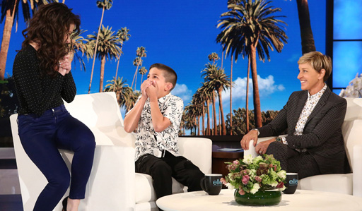 Idina Menzel surprises young fan Luke Chacko on ELLEN