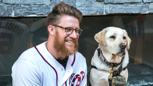 Sean Doolittle with President George H.W. Bush's service dog, Sully (public domain)