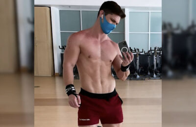 Hunky guy snaps a gym selfie
