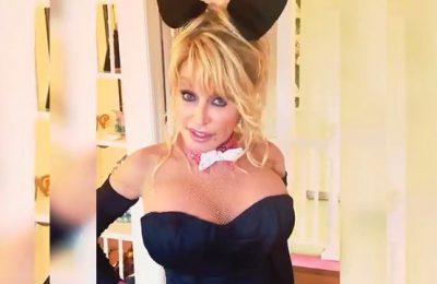International superstar Dolly Parton