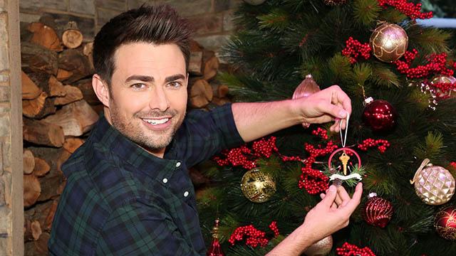 "Jonathan Bennett in Hallmark Channel's ""The Christmas House"""